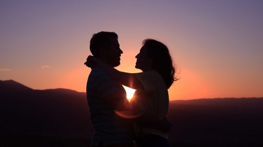 ENTP Relationships Guide - Matches, Compatibilities & Love